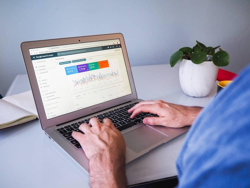 Warum ist Suchmaschinenoptimierung (SEO) so wichtig für das eigene Unternehmen?